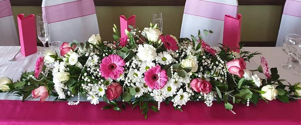 Svadobná kvetinová výzdoba